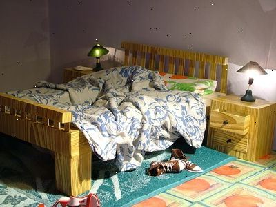 Hoe om meubels te regelen in een kleine slaapkamer e2r - Een kamer regelen ...
